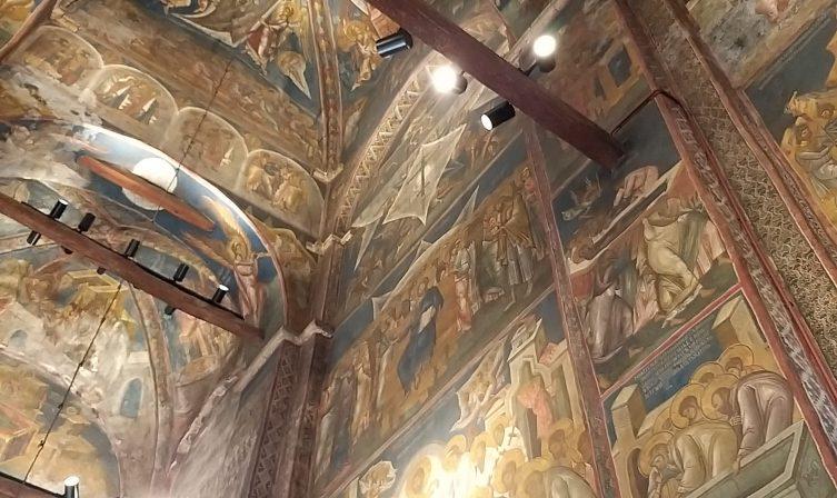 Frescoes in Decan Monastery