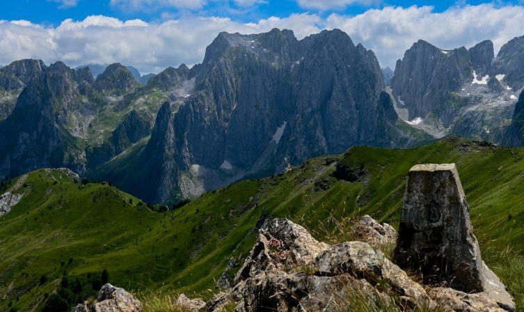 Border crossing permits Peaks of the Balkans