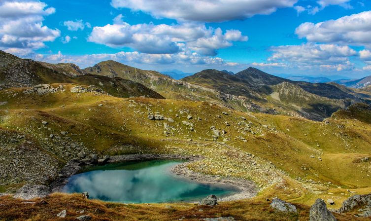 Gjeravica Lake 01